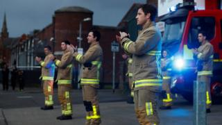 firefighters-clap-for-our-carers.