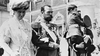 Николай II, Александра Федоровна и наследник Алексей в Кремле на праздновании 300-летия дома Романовых