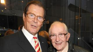 Lewis Gilbert with Sir Roger Moore in 2009