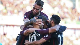 Manchester United s'est qualifié pour les demi-finales de la Coupe de la Ligue anglaise mercredi