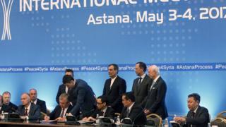 روسيا وتركيا وإيران وقعت الاتفاق في أستانة