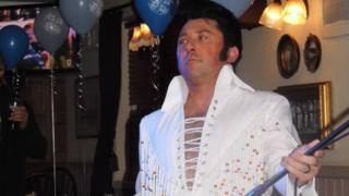 Dean Holland Elvis tribute act