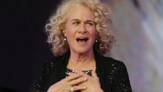 Carole King makes UK stage return playing Tapestry in full