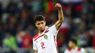 Hakimi prêté au Borussia Dortmund