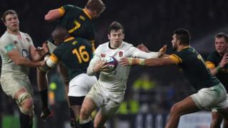 Elliot Daly of England in action during the Old Mutual Wealth Series match between England and South Africa at Twickenham Stadium on November 12