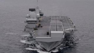 """英國皇家海軍最新建成的航母""""伊麗莎白女王號"""""""