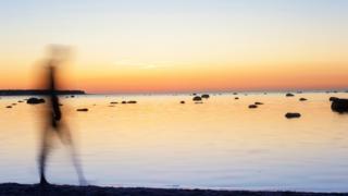 Sombra en una playa