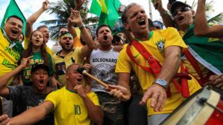 巴西新右翼領導人雅伊爾·博索納羅(Jair Bolsonaro)的支持者