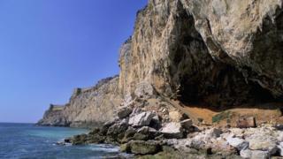 Пещера Горама в Гибралтаре