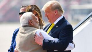 Minisitiri w'intebe Modi (ibumoso) na Perezida Trump