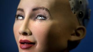 2017年国际电信联盟全球峰会上,一家香港公司展出的人脸机器人。