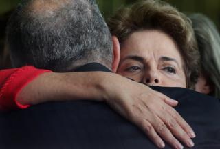 La ya expresidenta de Brasil Dilma Rousseff tras la destitución.