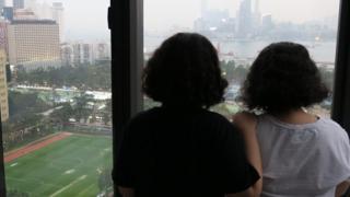 滯留香港的沙特阿拉伯姊妹Reem與Rawan