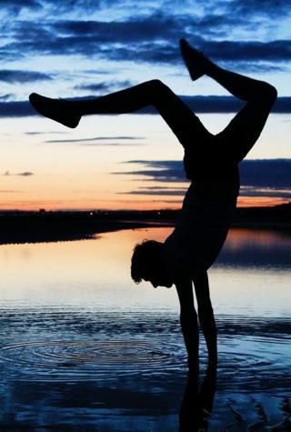 handstand on Irvine beach