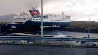 An MV Hebrides air na creagan