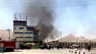 အာဖဂန် သမ္မတနန်းတော် အနီး တိုက်ခိုက်မှုဖြစ်