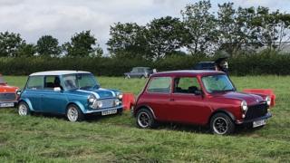 Gerry (mavi) ve Eddie (kırmızı) Bristol'daki 60. yıl etkinliklerine katıldı.