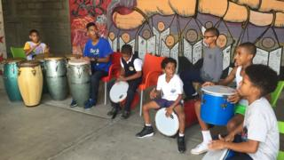 Children in the San Agustín percussion school