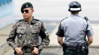 دو سرباز کره جنوبی و شمالی