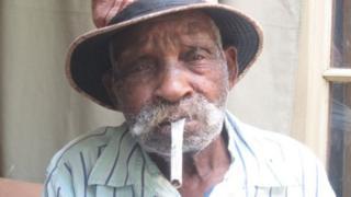 Fredie Blom sigara