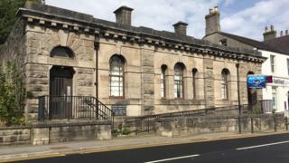 Former court building in Llangefni, Anglesey