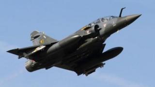 Un avion de combat Mirage 2000 français
