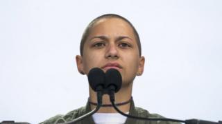 Emma González mientras daba su discurso en Washington, EE.UU.