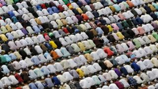 Le ramadan, mois sacré pour les musulmans, débute samedi.