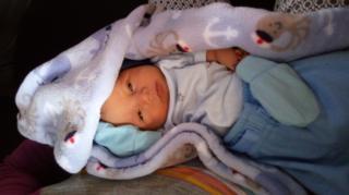 Dylan, a los 5 días de nacido