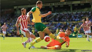 Jack Butland keeps Stoke in the game