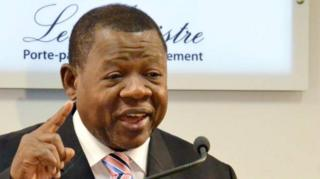 """Les sanctions contre plusieurs hauts fonctionnaires de la République démocratique du Congo sont """"illégales"""" selon Lambert Mende, le ministre de la communication du pays."""