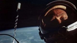 美国宇航员奥尔德林(Buzz Aldrin )的太空自拍照(11/1966)