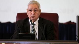 chef de l'Etat par intérim, Abdelkader Bensalah, a accepté la démission de Meriem Merdaci.