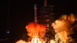 """""""嫦娥四號""""於周六凌晨從西昌衛星發射中心發射升空。"""