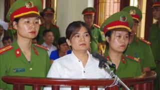 Bà Trần Thị Nga