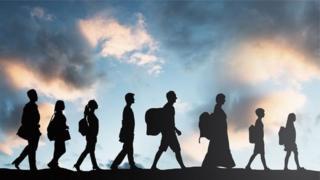 Ảnh minh họa những người di cư