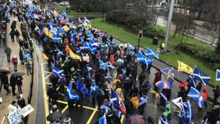 Pro-independence march under formulation in Glasgow thumbnail