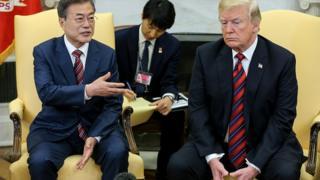 Les présidents américain et sud-coréen