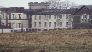 Foto do edifício do orfanato Smyllum Park, em Lanark, na Escócia