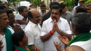 Farmers meet CM
