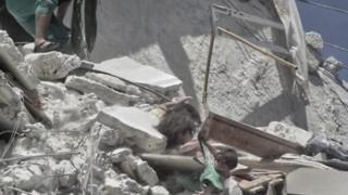 સીરિયામાં બાળકીઓની તસવીર