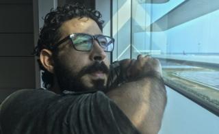 السلطات الماليزية تقبض على سوري عالق بمطار كولالمبور منذ أشهر