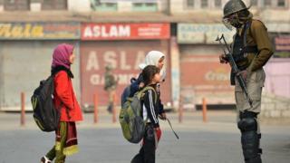 কাশ্মীরে শুধু গত বছরই সহিংসতায় নিহত হয়েছে ৫০০'র বেশি মানুষ