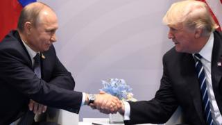 TT Trump và TT Putin tại Hội nghị Thượng đỉnh G20 tổ chức ở Đức tháng 07/2017.