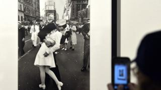 "A visitor takes a snapshot of VJ Day in Times Square, New York, 1945"" by Alfred Eisenstaedt in Rome on April 30, 2013"