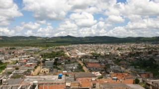 Cratera em São Paulo é habitada