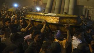 تشییع جنازه بعضی از قربانیان حمله جمعه