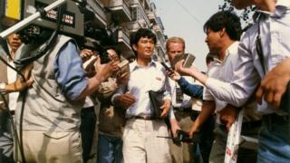八九民運期間,項小吉代表學生對話團去和政府談判