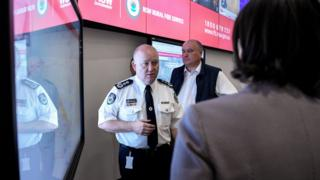 Shane Fitzsimmons speaking at the Rural Fire Service command centre in Sydney
