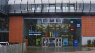 Oldham Library